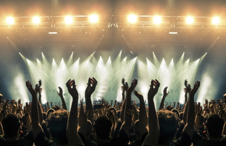 Why hire YSS Events Lighting?